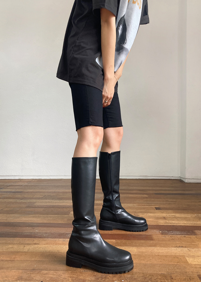 rough round knee-high boots (2c)